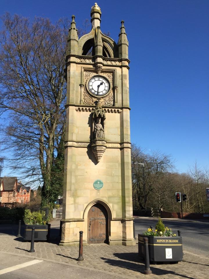 victoria clock tower ripon, ripon north yorkshire, the pet shop ripon